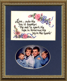 1126 Love Photo Frame