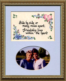 1132 Friendship Photo Frame